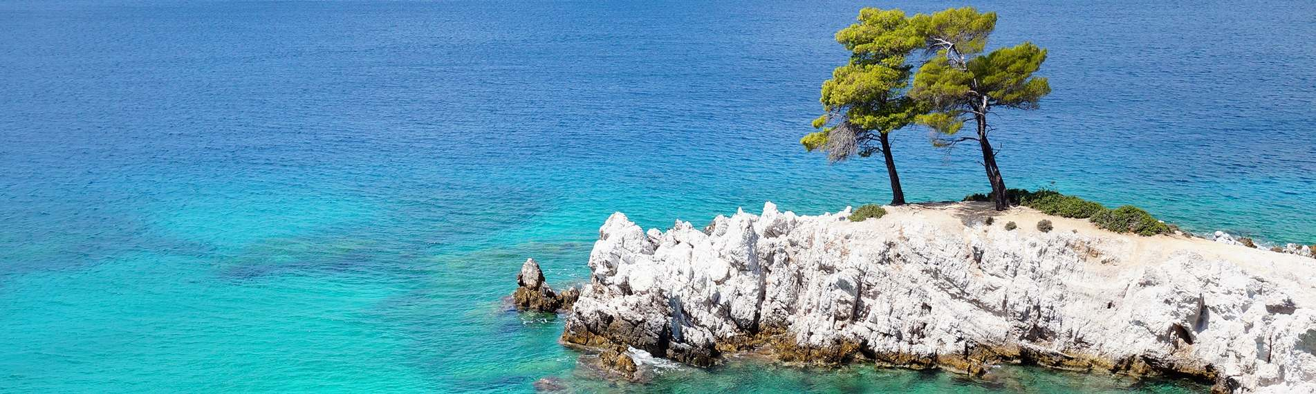 View of the crystal clear sea from above on Skopelos.